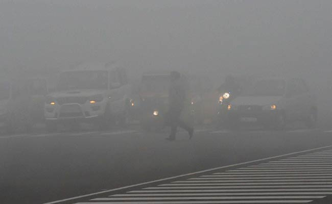 delhi_fog_vehicles_pti_650