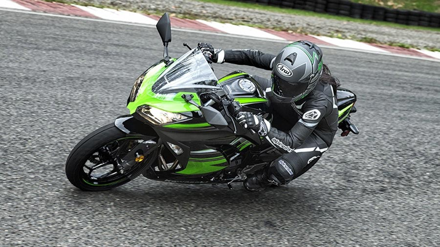 Kawasaki Ninja 300 KRT edition Black Green Photos