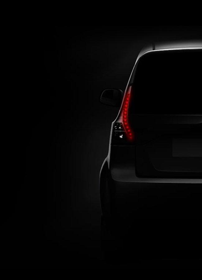 Mahindra e2oPlus Rear side picture