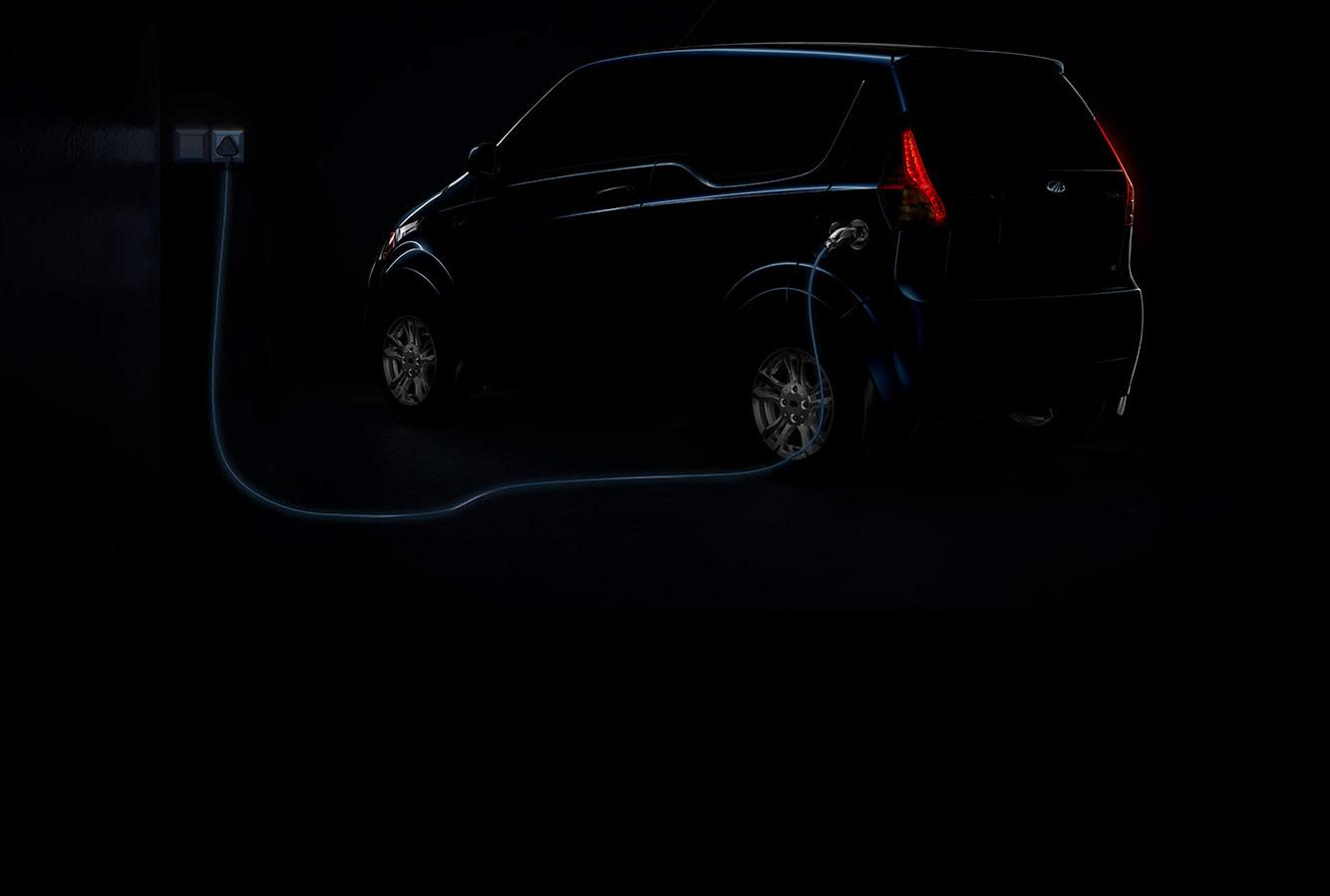 Mahindra e2oPlus Charging