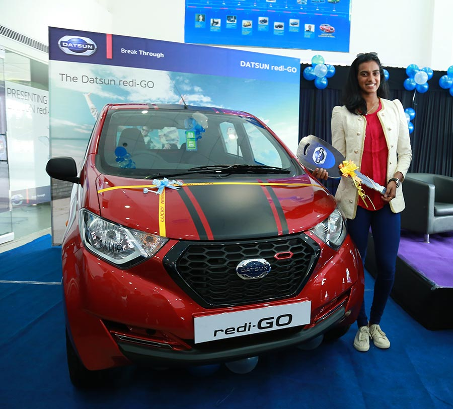 Photo of PV Sindhu with Datsun redi-GO