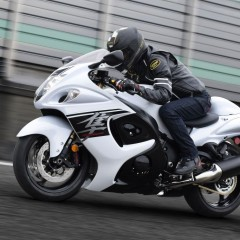 2017 Suzuki Hayabusa Launched in India; Now gets new colors;