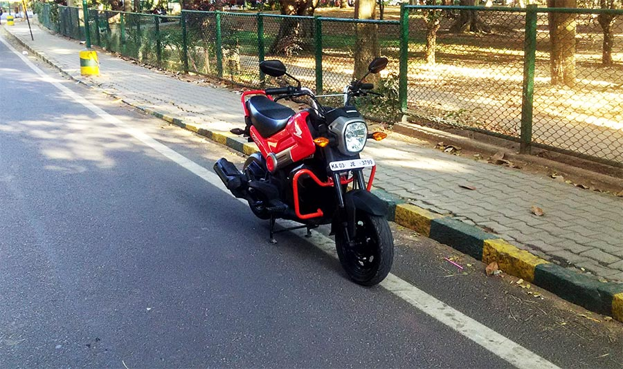 Honda Navi in Patriot Red Color