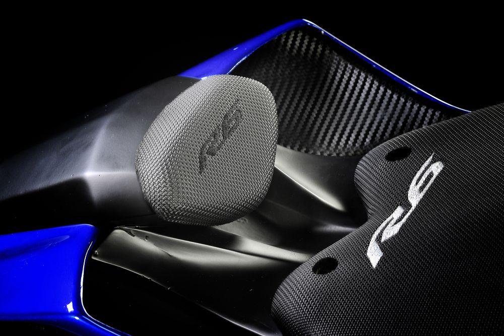 Yamaha R6 Photos Seats