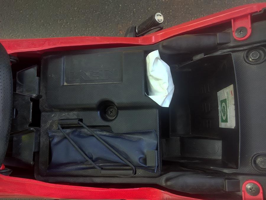 honda-navi-under-seat-space