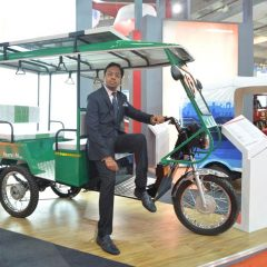 India's 1st Solar Powered E-Rickshaw launched by Lohia Auto