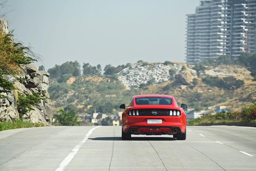 ford-mustang-rear-photo-bangalore