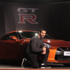 2017 Nissan GT-R priced at INR 1.99 Crore goes on Sale in India