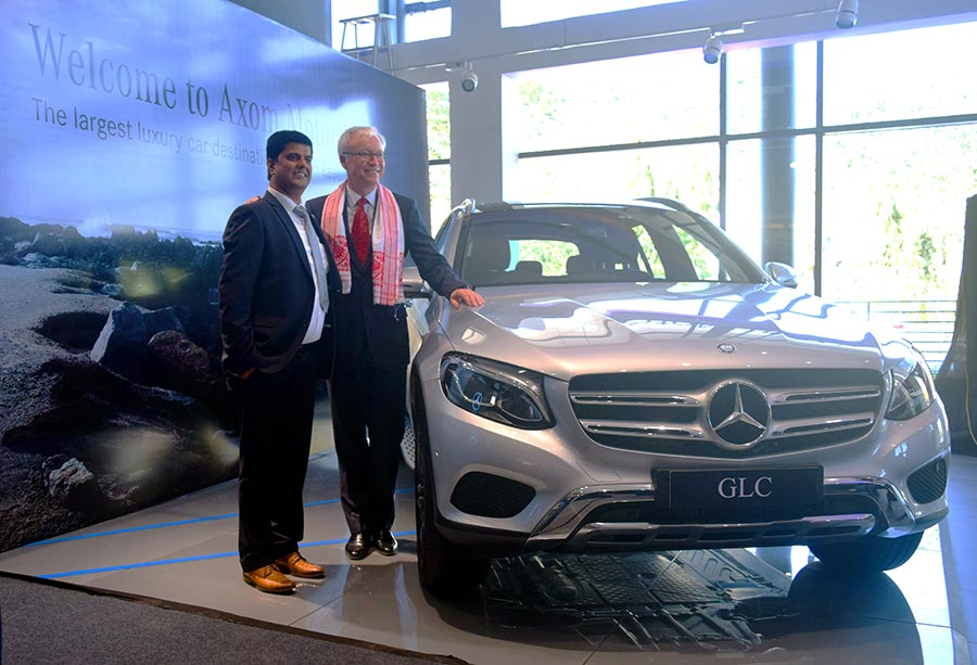 mr-roland-folger-md-ceo-mercedes-benz-india-and-mr-sanjive-narain-managing-partner-axom-motors-at-the-inauguration-of-the-new-dealership-in-guwahati