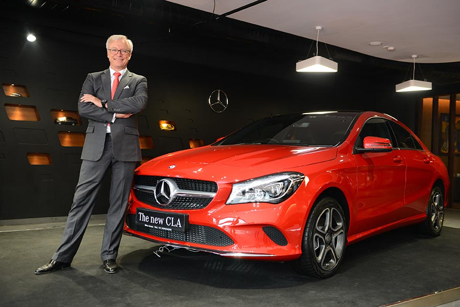 mr-roland-folger-md-ceo-mercedes-benz-india-at-the-delhi-dealership-inauguration
