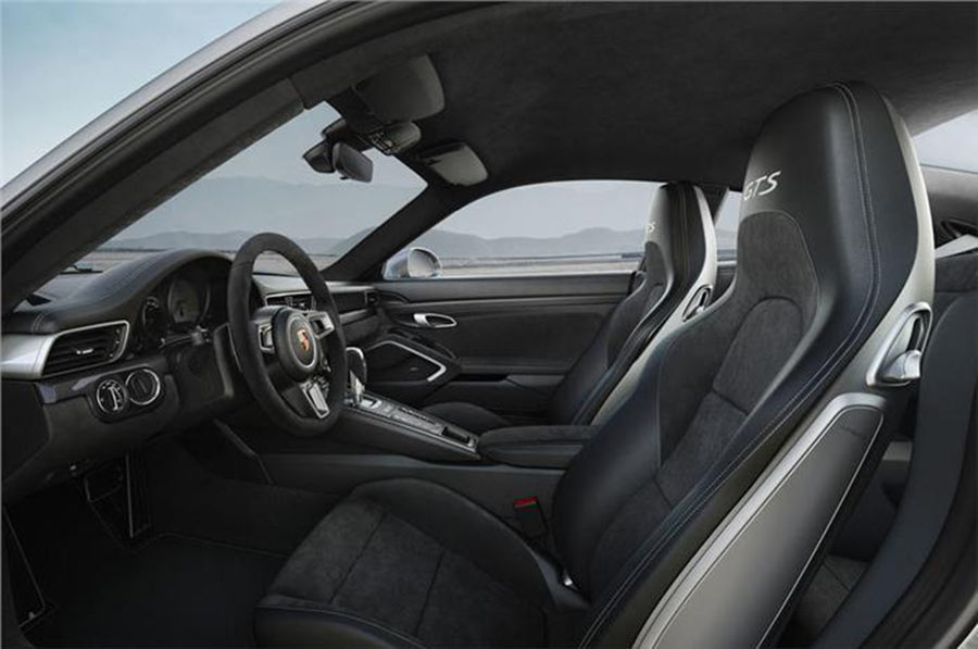 2017 Porsche 911 GTS Interior Pictures