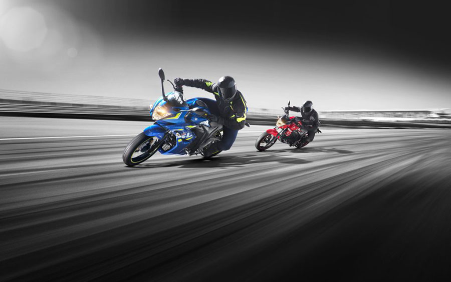 2017-Suzuki-Gixxer-Action-Shot-Double-resized