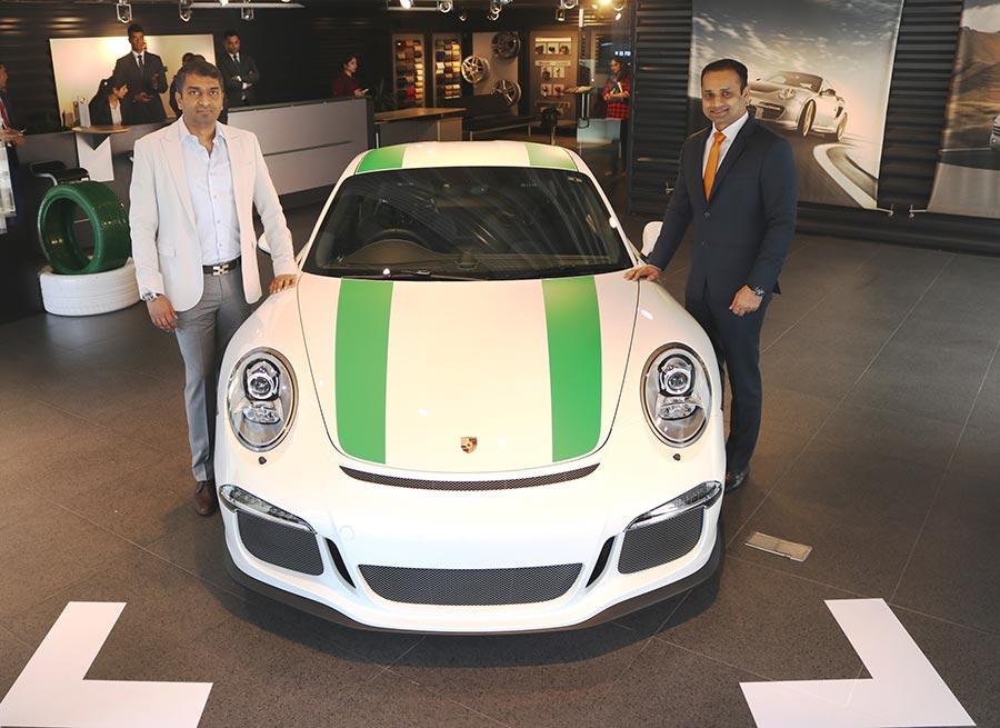 Porsche-911-Photos-1