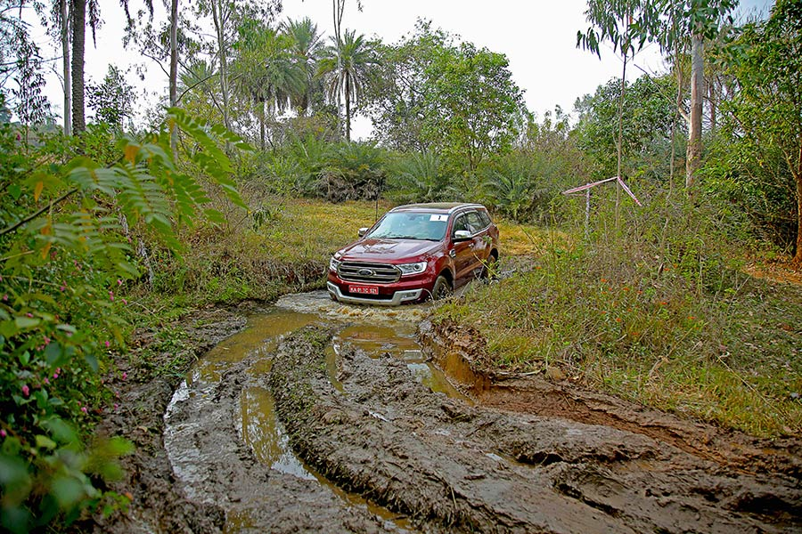 2017 Ford Endeavour Experience Drive