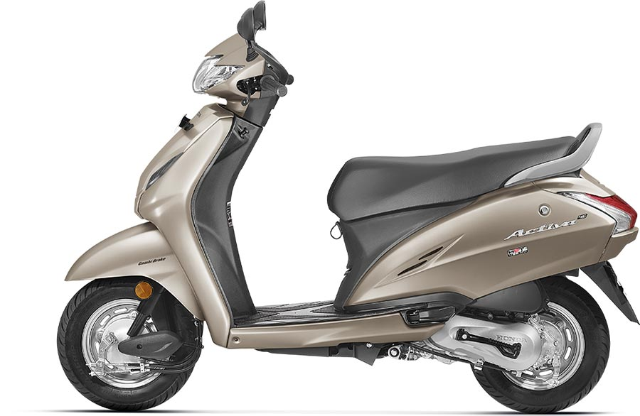 Honda Activa 4G in Silver Color Photo - Activa 4G Matte Selene Silver Metallic Color