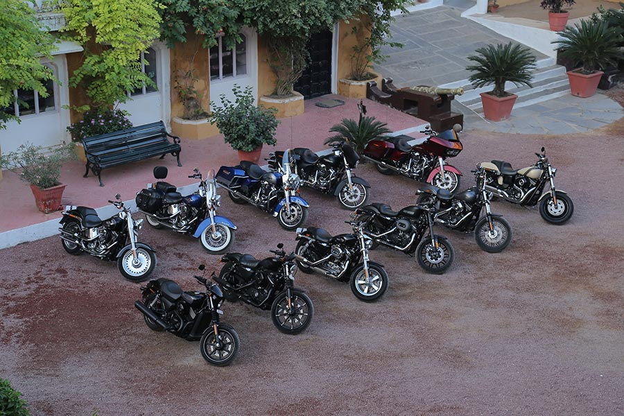 Photo-of-Harley-Davidson-MY17-fleet
