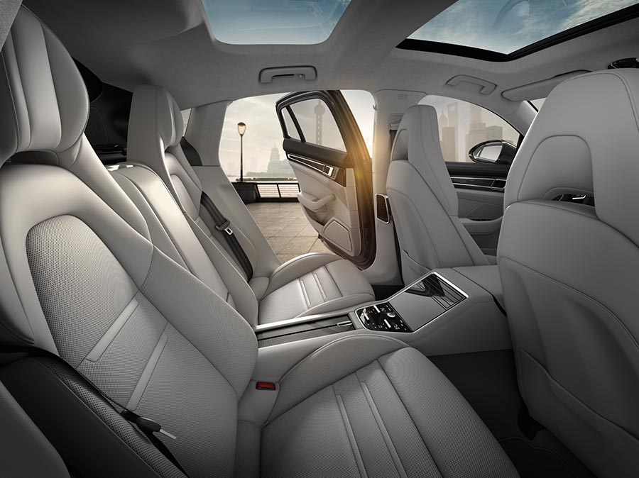 The-New-Porsche-Panamera--Interior-5