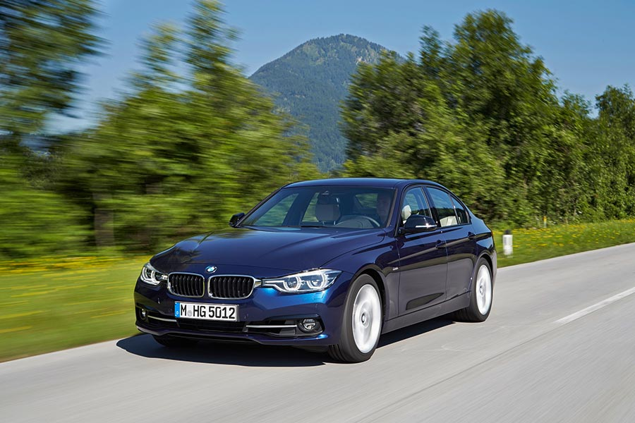 New 2017 BMW 330i Launched in India