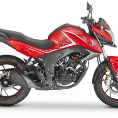 Honda Hornet 160R New Colors Added: Sports Red and Athletic Blue