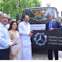 Mercedes-Benz India donates a Road Sweeper Truck to NDMC