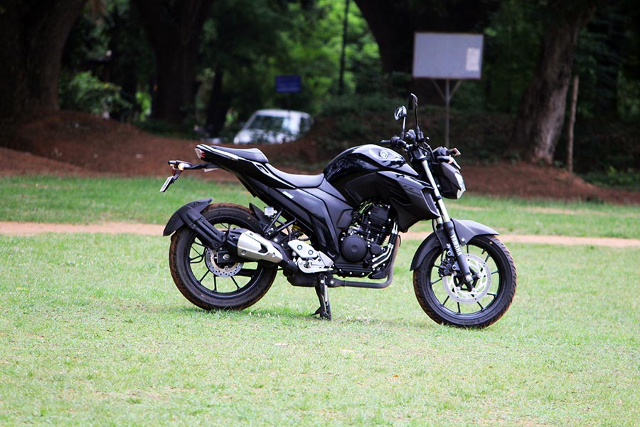 GaadiKey — Yamaha FZ25 Review – Perfect Powerful 250cc