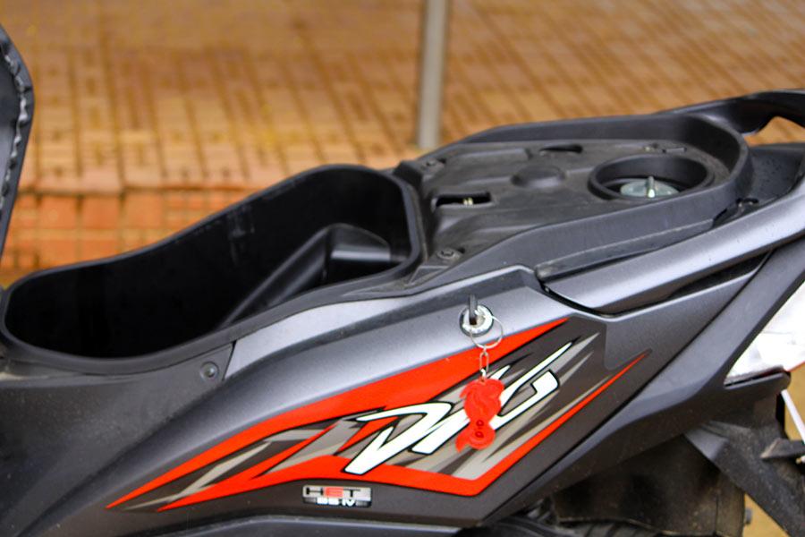 2017 Honda Dio Logo Under Seat Storage Fuel Tank Capacity