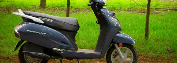 2017 Honda Activa 125 Review: Midnight Blue Metallic