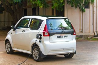 Mahindra to Invest Rs 500 Crore for Electric Vehicles Manufacturing in Maharashtra