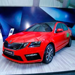 Powerful Skoda Octavia RS 230 Launched at Rs 24.62 Lakhs
