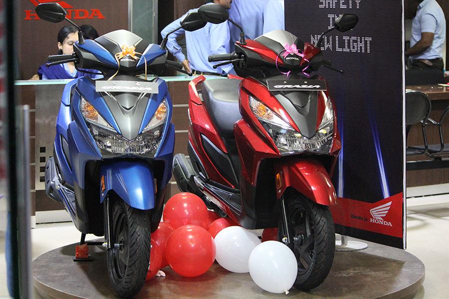 Ray Price Honda >> Honda Grazia Photos - GaadiKey