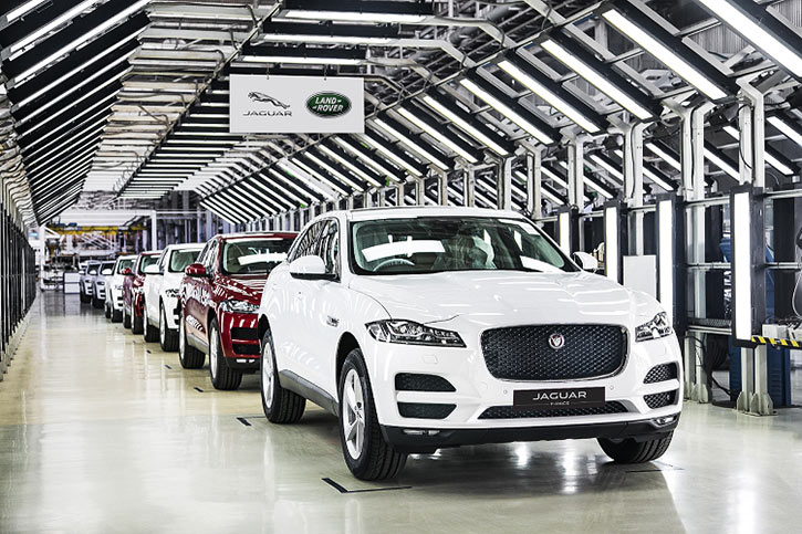 India Made Jaguar F Pace Launched In India At Rs 60 02 Lakhs Gaadikey