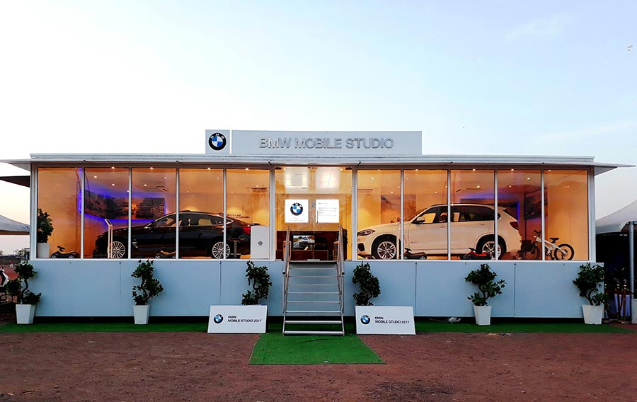 bmw to enthrall patna with the bmw mobile studio gaadikey. Black Bedroom Furniture Sets. Home Design Ideas