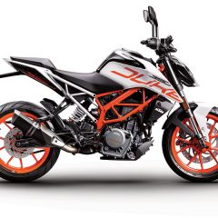 KTM introduces White color variant for 390 Duke