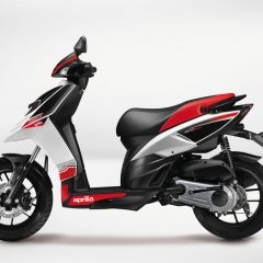 2018 Aprilia SR 150 Colors: Matte Black, Black with Glossy White, Grey