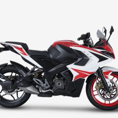 New 2018 Bajaj Pulsar RS200 Racing Red Colour Launched