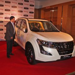 Plush New Mahindra XUV500 Launched at Rs 12.36 Lakhs