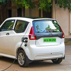 Govt Approves Use of Green Licence Plates for Electric Cars
