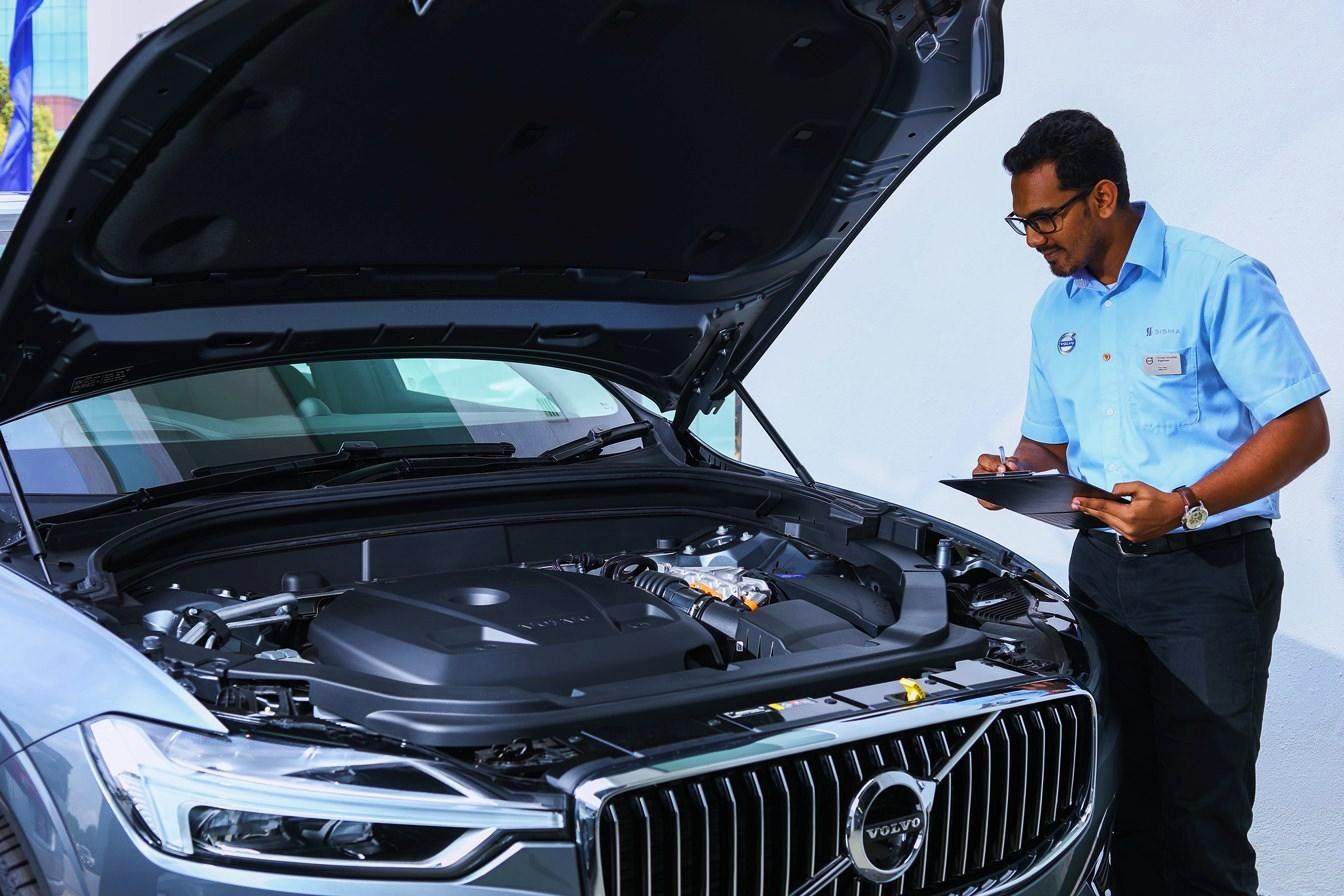 Volvo Inaugurates its Biggest Service Centre In Bengaluru - Gaay
