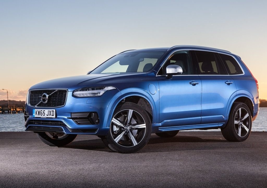 2018 volvo xc90 t8 inscription plug-in hybrid launched at 96 65 l