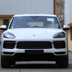 First Images of Porsche Cayenne with 3 litre V6 engine ; Launch in 2018