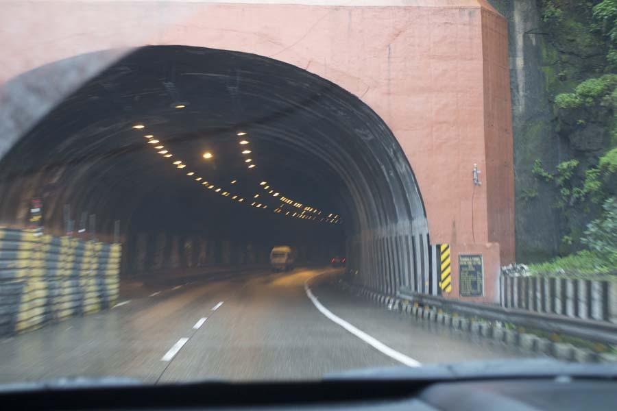 Tunnel View Mahindra XUV500