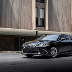 Seventh Generation Lexus ES 300h Drives Into India; Bookings Open