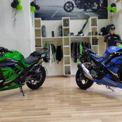 2018 Kawasaki Ninja 300 is Now Rs 1,000 Cheaper than BMW G310R