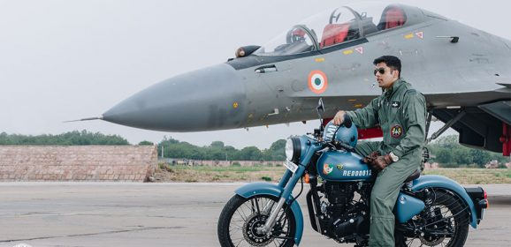 Royal Enfield Classic Airbourne Blue Color Photos (Classic Signals 350)