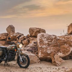 Royal Enfield Classic 350 Stormrider Sand Color Photos (Signals)