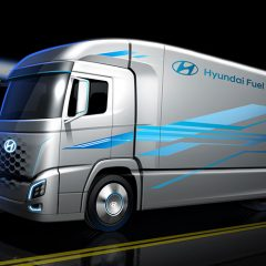 Hyundai Fuel Cell Electric Truck Images Revealed – Launch in 2019