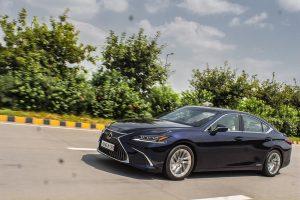 Lexus ES 300h Pictures
