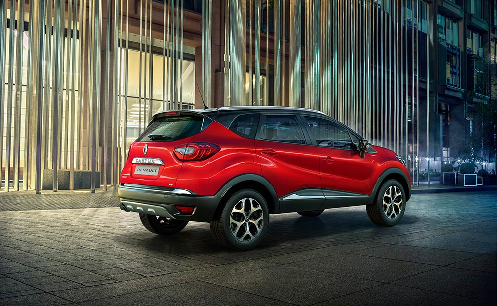 Renault CAPTUR Launched in Radiant Red Color - Gets New Roof