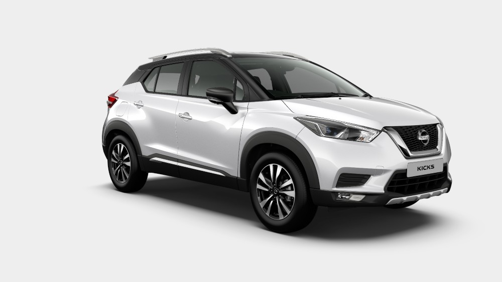 Nissan Kicks Pearl White and ONYX Black Dual tone color