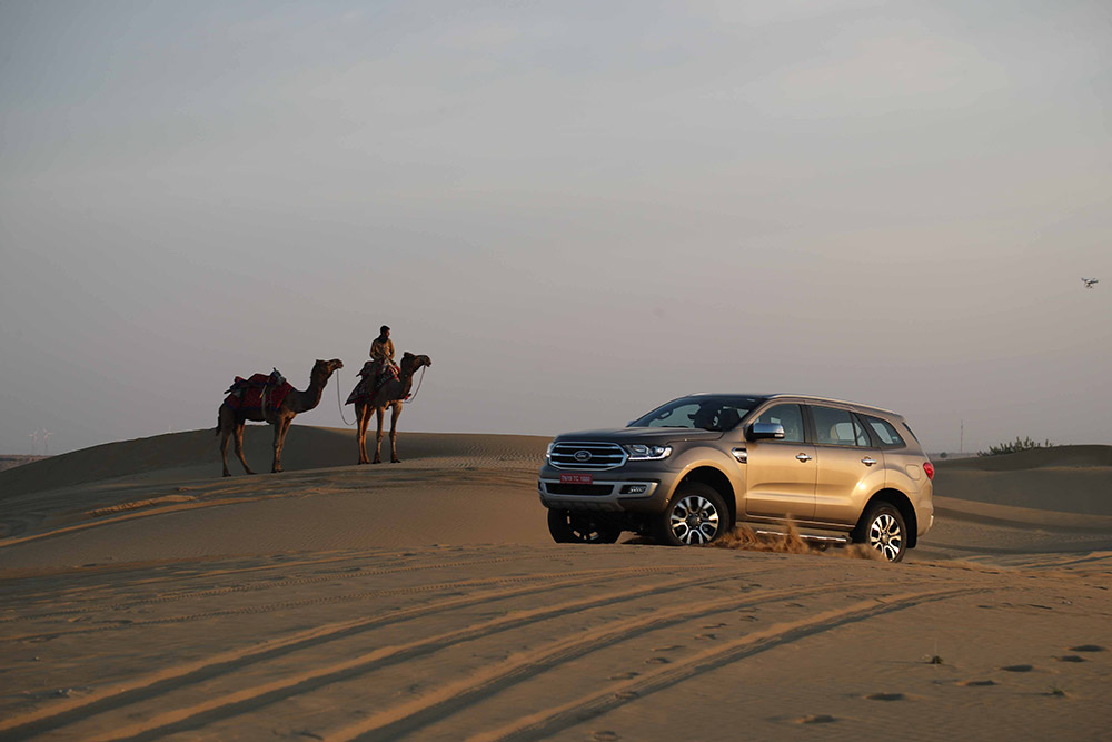2019 Ford Endeavour Photos Diffused Silver Photo
